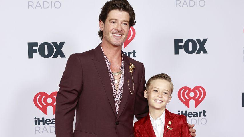 Sänger Robin Thicke mit seinem Kind Julian Fuego