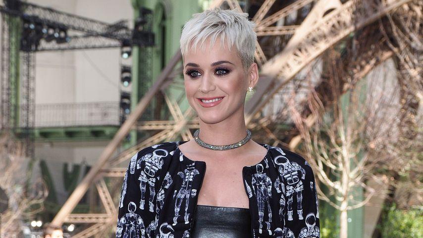 Katy Perry in Paris