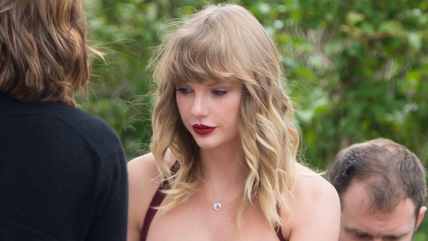 Taylor Swift als Brautjungfer bei der Hochzeit einer Freundin