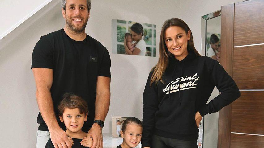 Sam Faiers mit ihrem Freund Paul Knightley und ihren Kindern