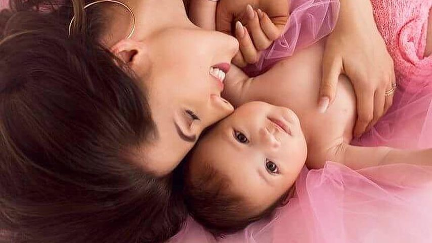 Morgen ist es so weit: Sarah Harrisons Baby Mia wird getauft
