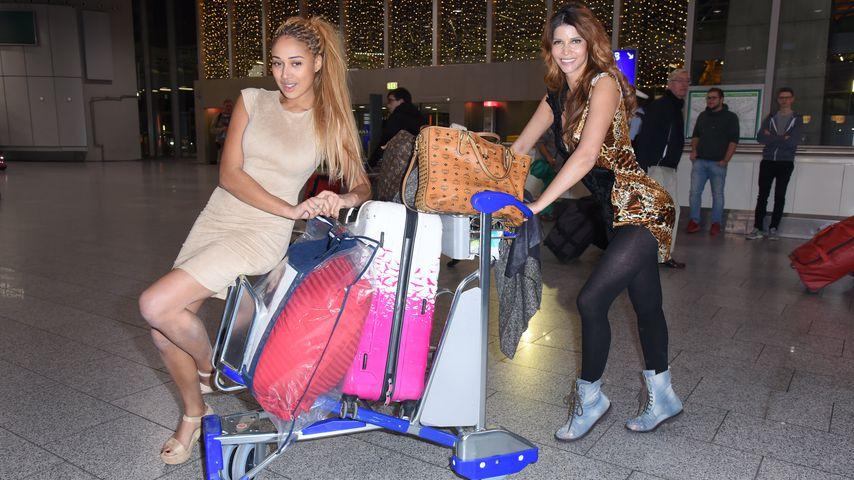Sarah Joelle Jahnel und Micaela Schäfer kurz vor dem Abflug nach Australien