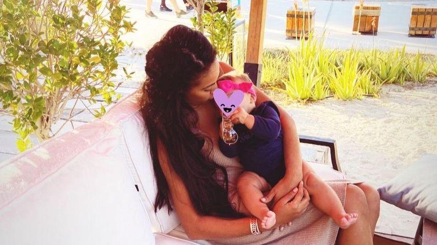 Sarah Joelle Jahnel und ihre Tochter