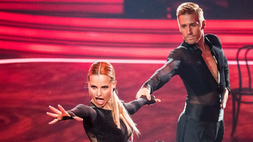 "Sarah Latton und Maximilian Arland bei ""Let's Dance"" in Köln 2017"