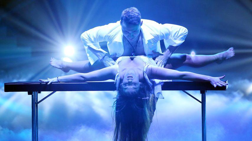 """Sarah Lombardi und Robert Beitsch bei """"Let's Dance"""" 2016"""