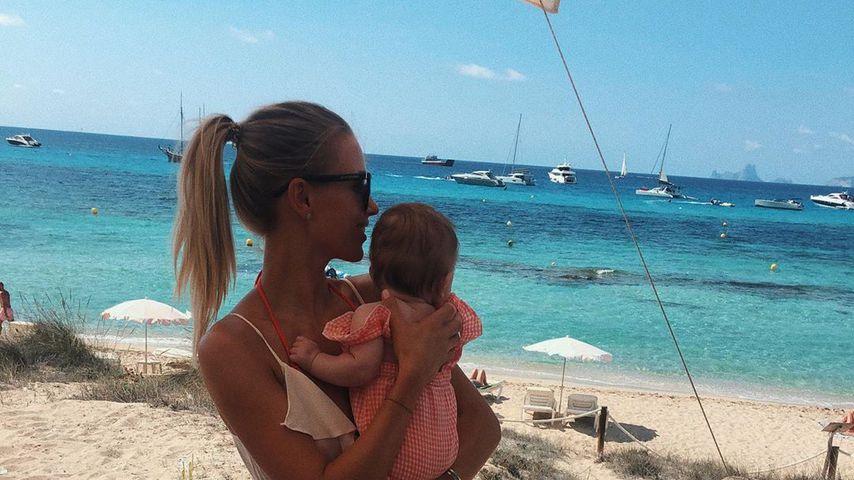 Scarlett Gartmann mit ihrer Tochter im September 2019