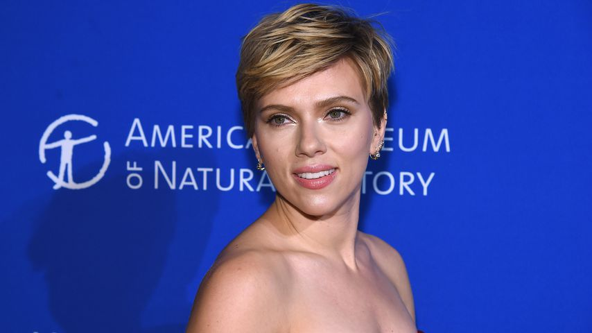 "Neue Girlband: Scarlett Johansson ist nun ""Single"""