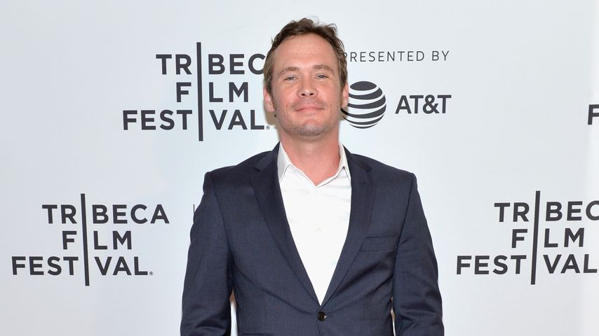 Schauspieler Blake Heron auf dem roten Teppich