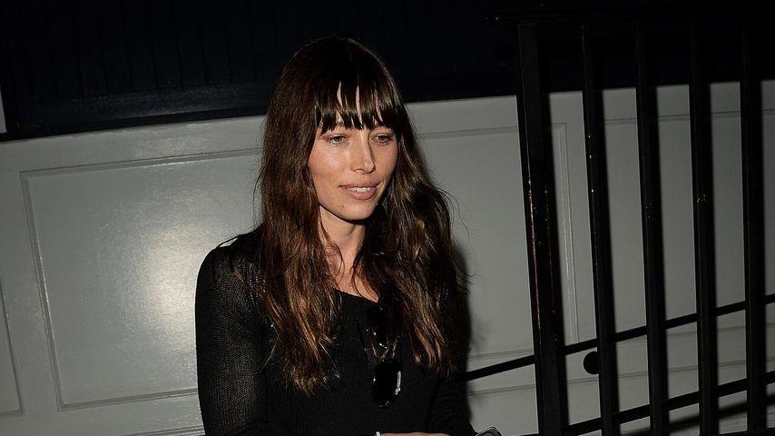 """Schauspielerin Jessica Biel bei Verlassen ihres Restaurants """"Au Fudge"""""""