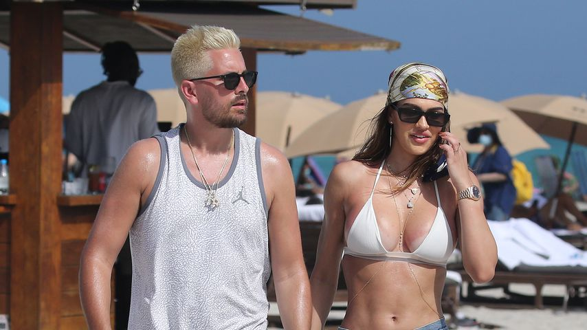 Scott Disick mit seiner Freundin Amelia Hamlin im Februar 2021