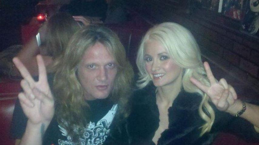 Holly Madison und ihr Frisuren-Zwilling