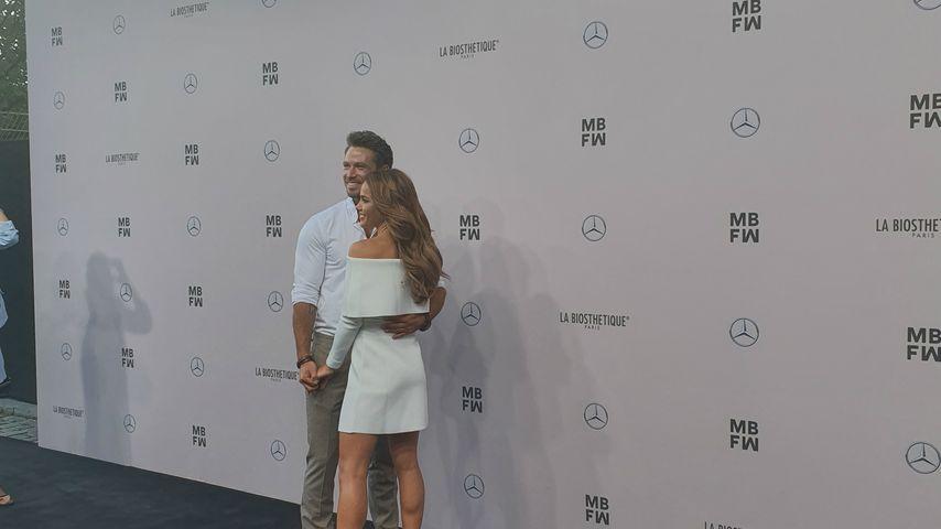 1. Paar-Auftritt: Angelina und Sebastian Pannek so verliebt