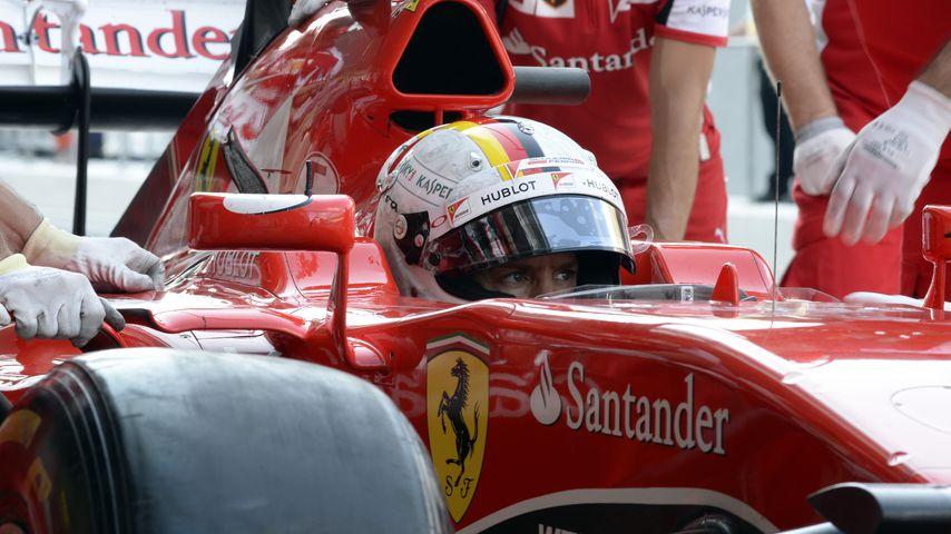 Sebastian Vettel: 21.000 Euro bringt sein Renn-Outfit ein!