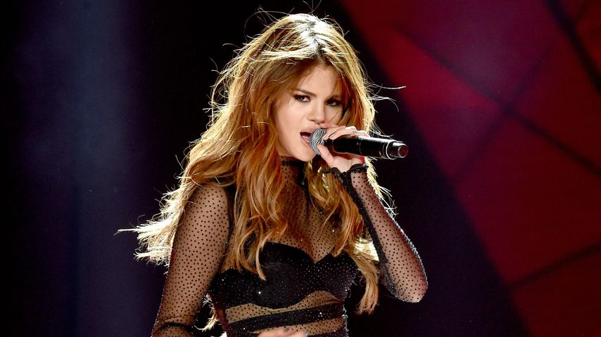 "Selena Gomez im ""Staples Center"" in Los Angeles 2016"