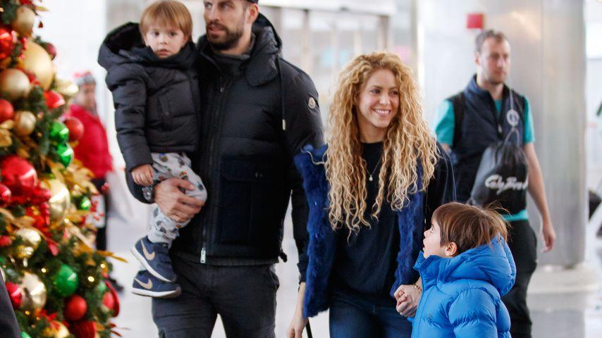 Gerard Piqué, Sasha, Shakira und Milan an Heiligabend 2017