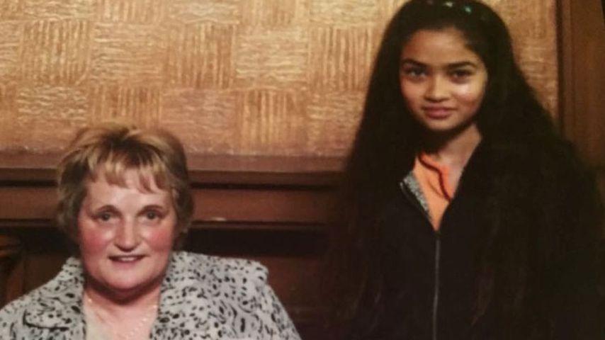 Shanina Shaik mit ihrer Großmutter