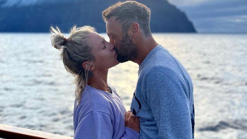 Sharna Burgess und Brian Austin Green im Juli 2021