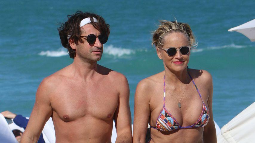 Sharon Stone mit ihrem Freund in Miami