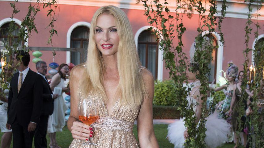 Sonya Kraus auf der Hochzeit von Barbara Meier und Klemens Hallmann