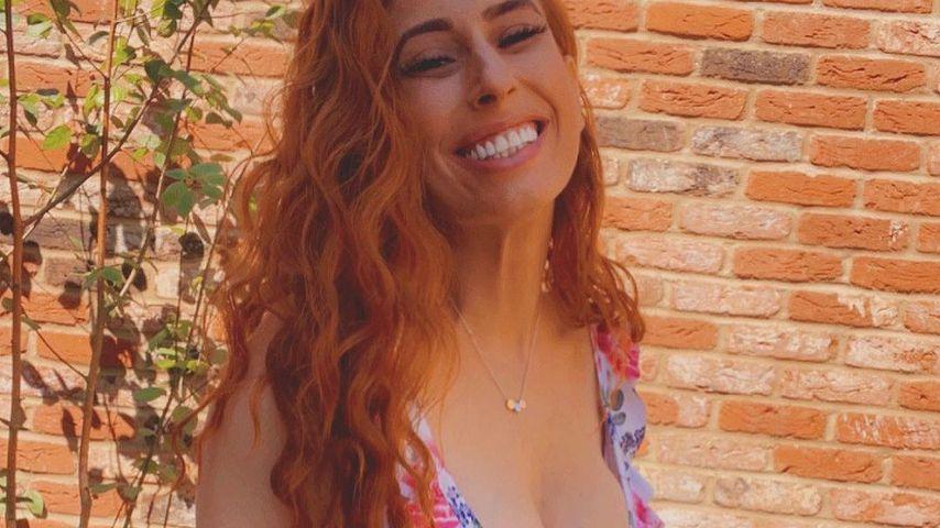 UK-Star Stacey Solomon präsentiert ihren Babybauch im Bikini
