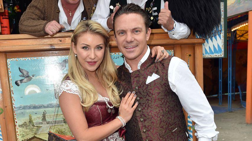 Stefan Mross mit seiner Verlobten Anna-Carina Woitschack