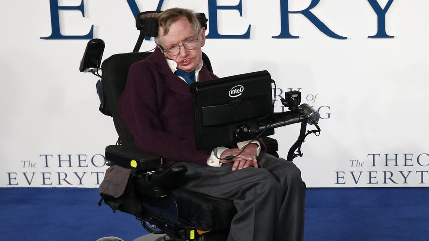 "Stephen Hawking bei der Premiere zu ""The Theory of Everything"""
