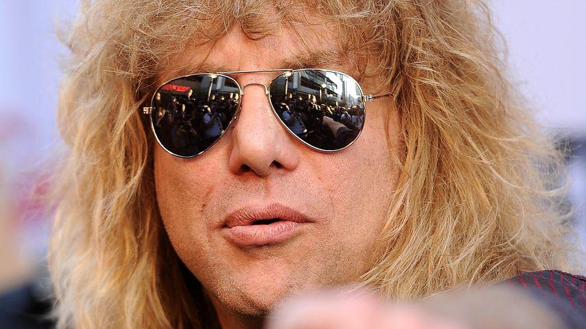 In Klinik: Guns N' Roses-Star sticht sich selbst in Bauch!