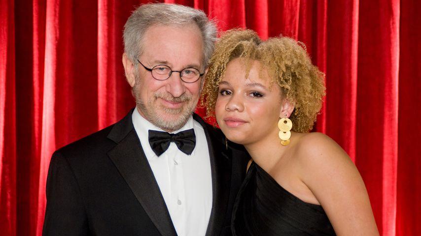 Steven Spielberg mit Tochter Mikaela Spielberg