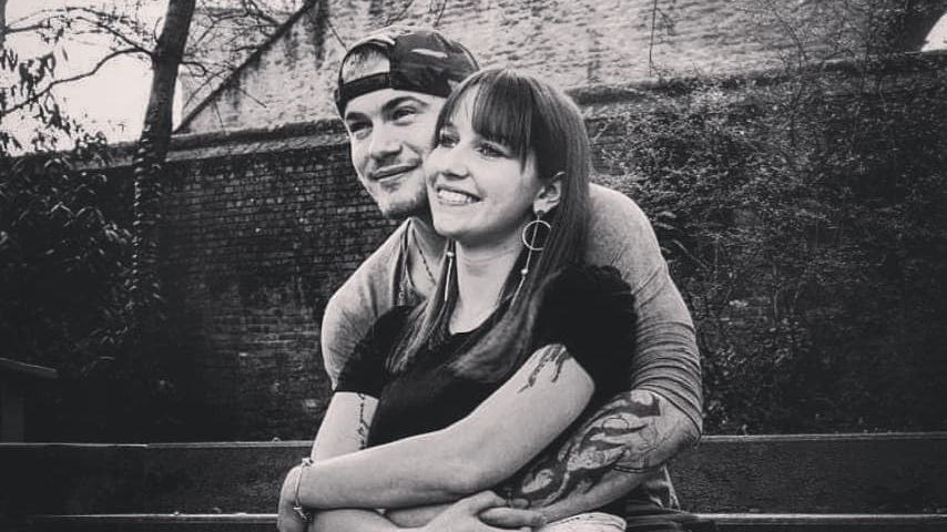 Sven Schlegler und seine Freundin Julia im Juli 2019