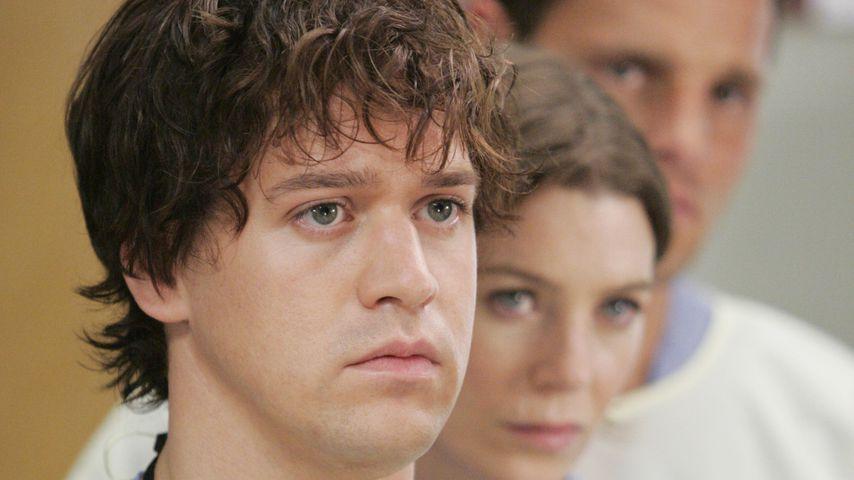 """T.R. Knight, Ellen Pompeo, Justin Chambers in der ersten Staffel von """"Grey's Anatomy"""""""