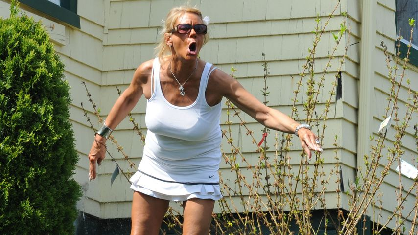 Tanning Mom Patricia Krentcil im Mai 2012 in ihrem Garten in New Jersey.