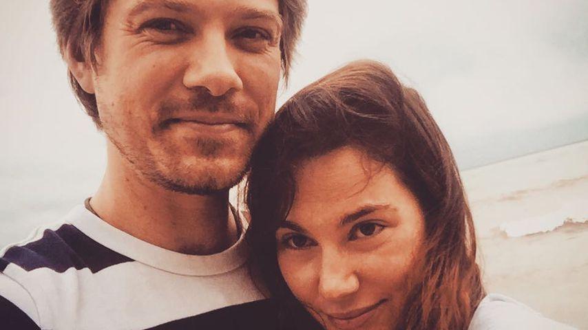 Taylor Hanson und seine Ehefrau Natalie Anne Bryant