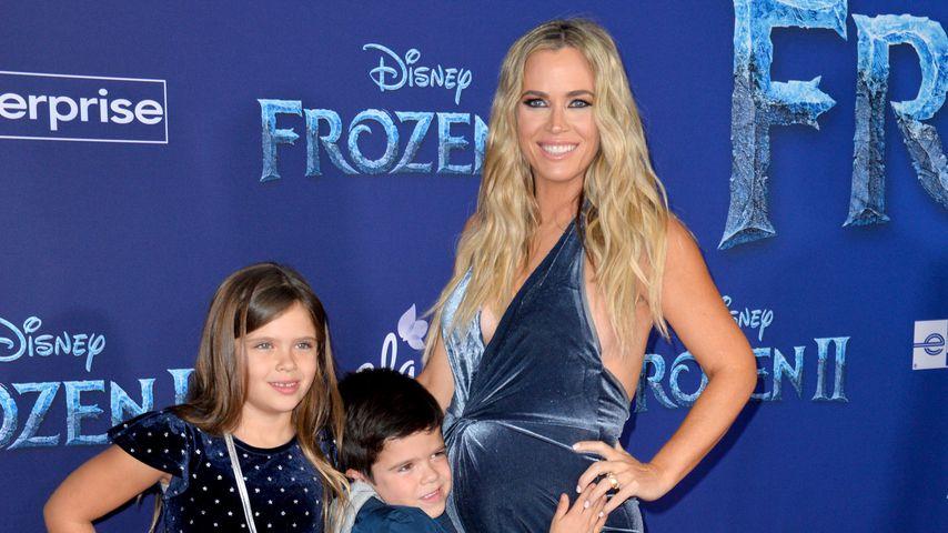 """Teddi Mellencamp Arroyave mit ihren Kindern Slate und Cruz bei der """"Frozen 2""""-Premiere, 2019"""