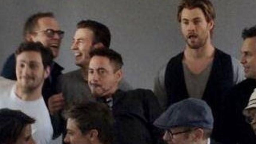 Wo ist das Vögelchen? Avengers-Gang in Foto-Laune