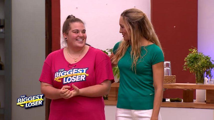 """The Biggest Loser""-Kandidatin Alina und Camp-Chefin Dr. Christine Theiss"
