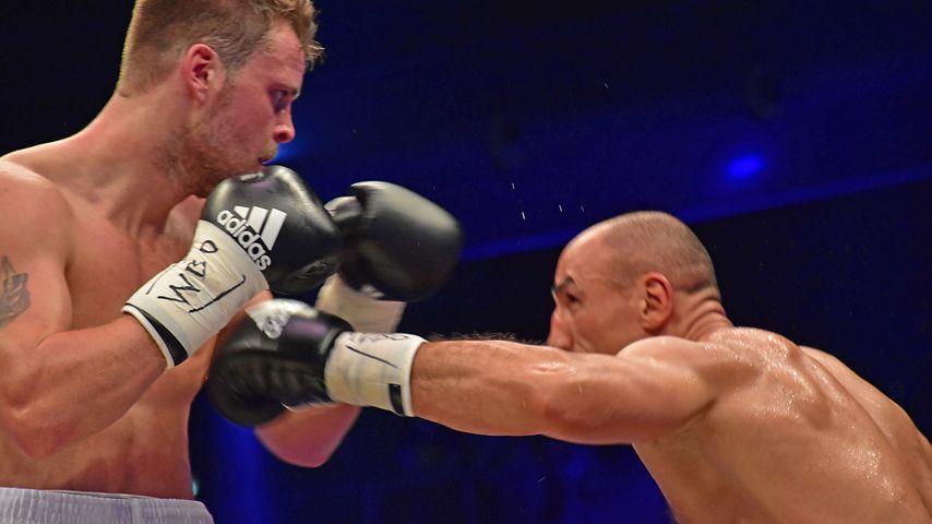 Tim-Robin Lihaug und Arthur Abraham beim Boxkampf in Berlin