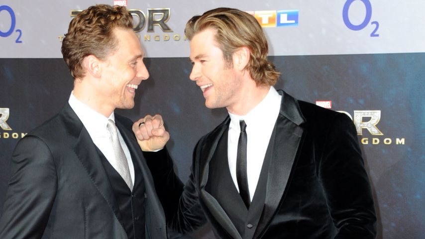 Tom Hiddleston und Chris Hemsworth