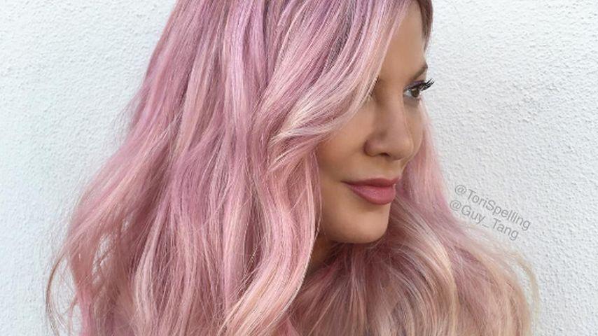 Beverly-Hills-Barbie: Tori Spelling hat jetzt rosa Haare
