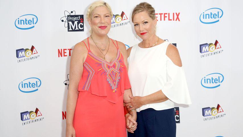 Tori Spelling und Jennie Garth im September 2017