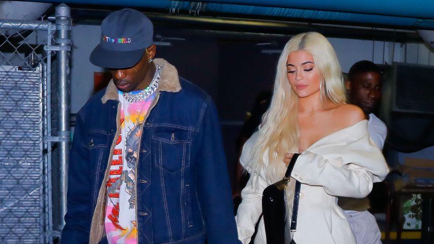 """Travis Scott und Kylie Jenner nach einem Konzert seiner """"Astroworld""""-Tour"""