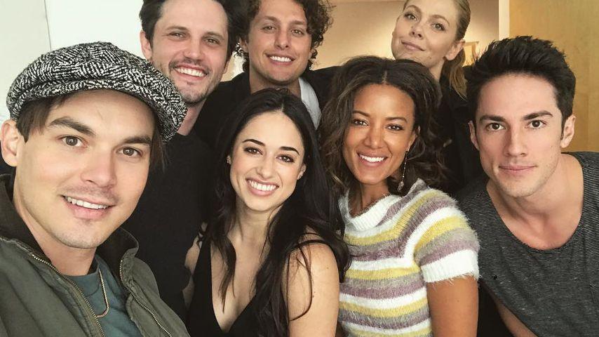 """""""Roswell""""-Reboot startet: Tyler Blackburn teilt 1. Cast-Pics"""