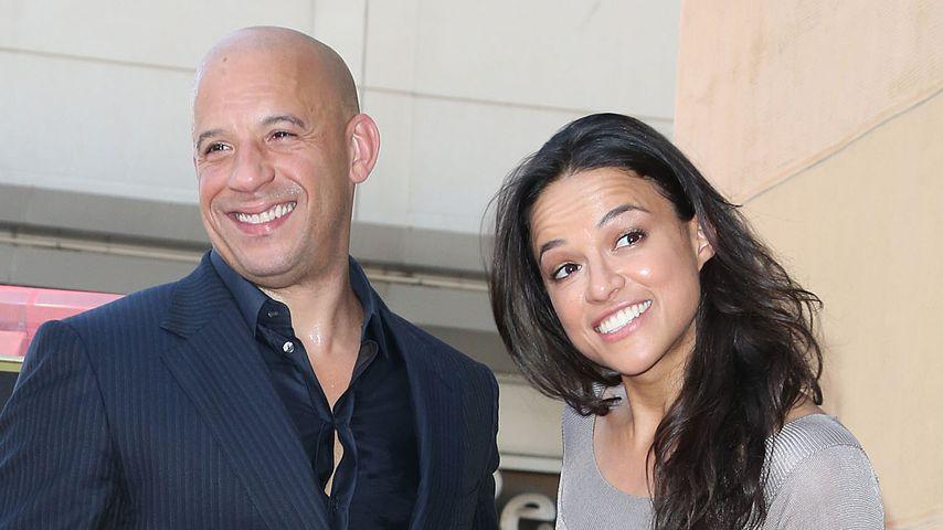 Haarige Bescherung: Michelle Rodriguez zeigt Achsel-Busch