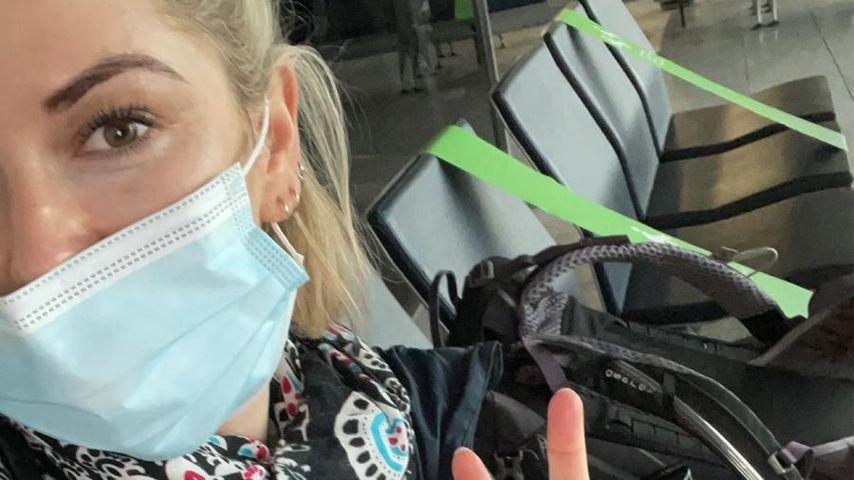 Viola Kraus am Flughafen