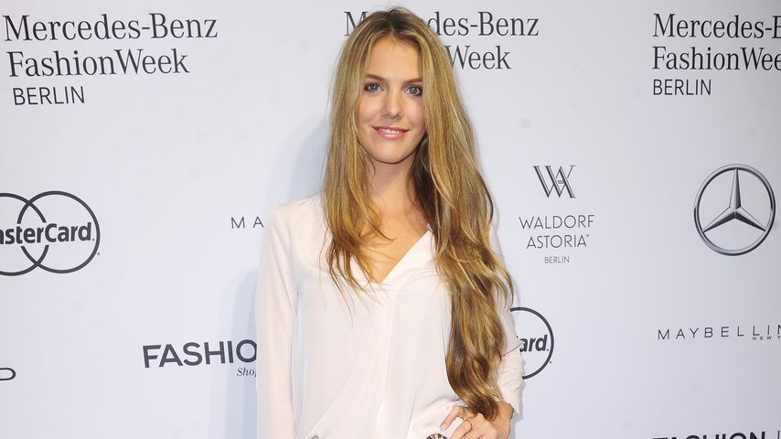 "Viviane Geppert bei der ""Mercedes Benz Fashion Week"" in Berlin 2016"