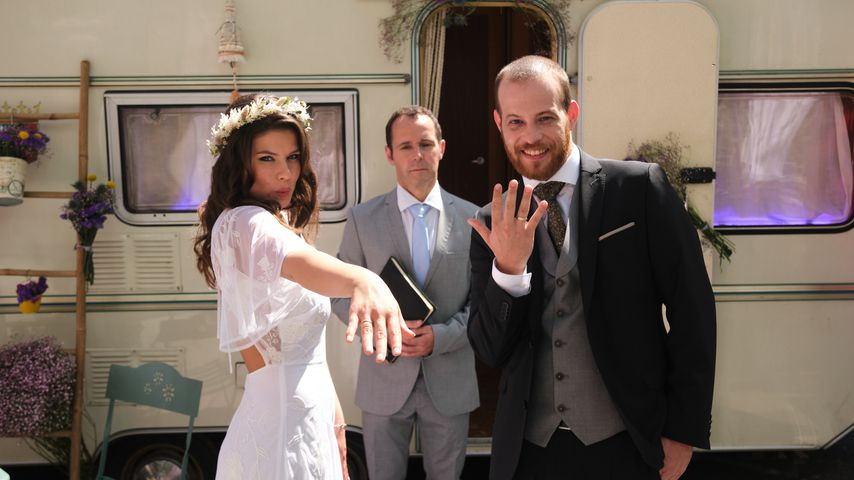 """Vivien (Sharon Berlinghoff) und Tobias (Patrick Müller) bei ihrer """"Unter uns""""-Hochzeit"""