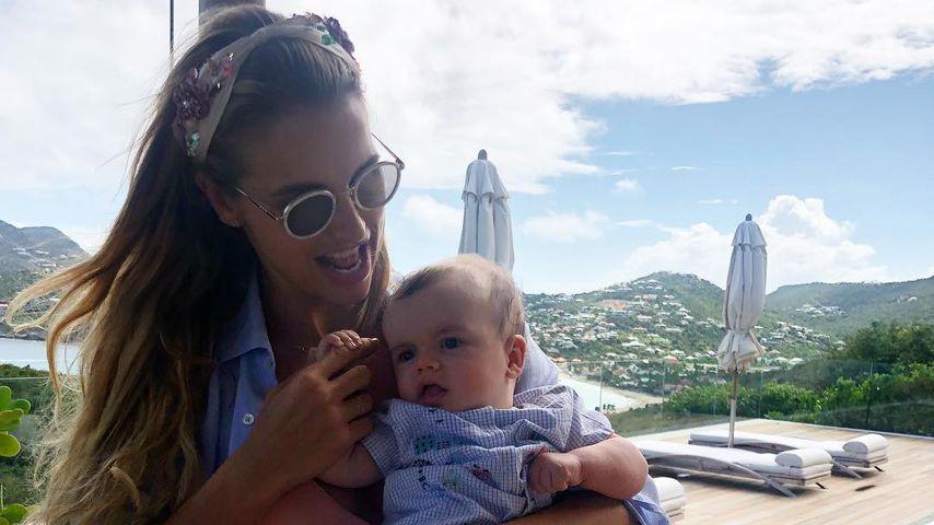 Vogue Williams mit ihrem Sohn Theodore