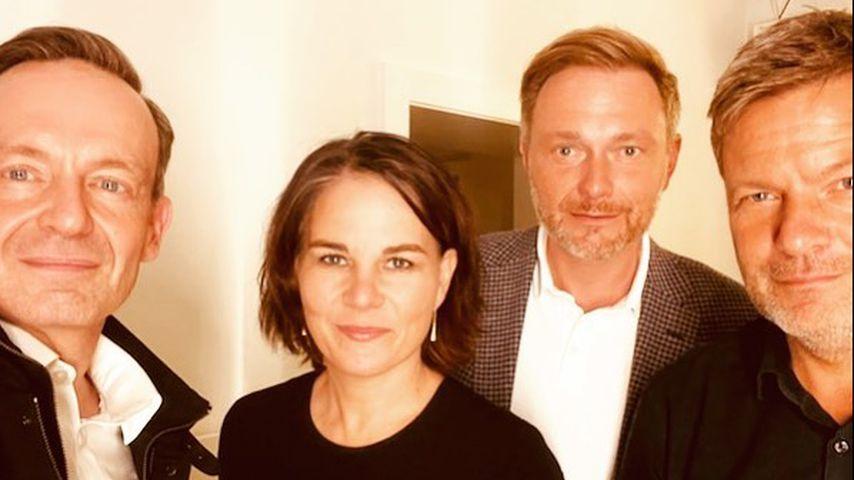 Meme-Hit: Selfie von Baerbock, Lindner und Co. amüsiert Netz