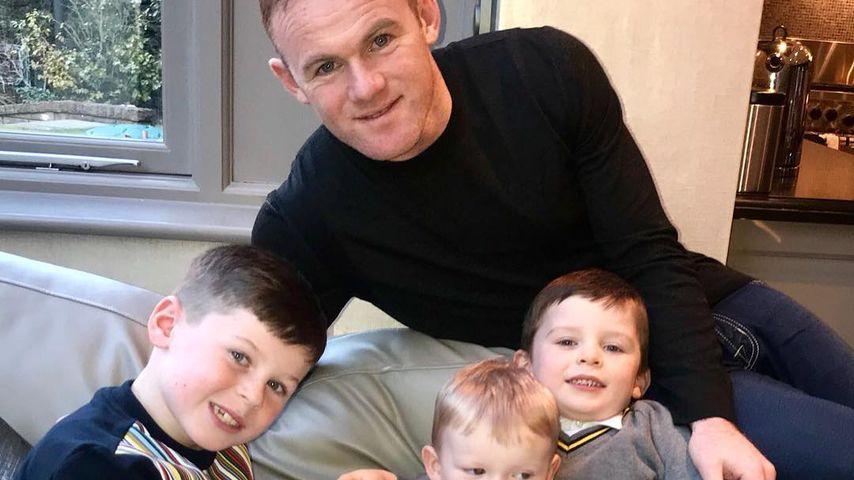 Süßes Familien-Pic: Wayne Rooney zeigt sein viertes Söhnchen