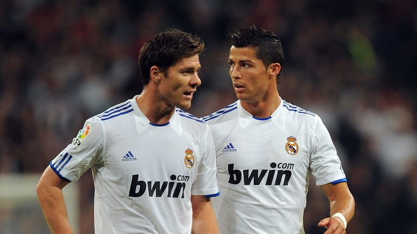 Xabi Alonso und Cristiano Ronaldo 2010 in Madrid
