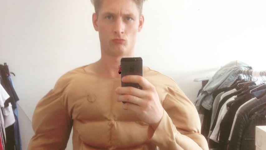 Yannik Meyer in einem Muskel-Kostüm